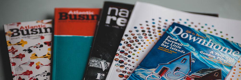 foto van stapeltje brochures